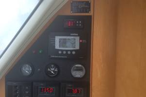 Digital thermostat for boats & yachts refrigeration and freezers